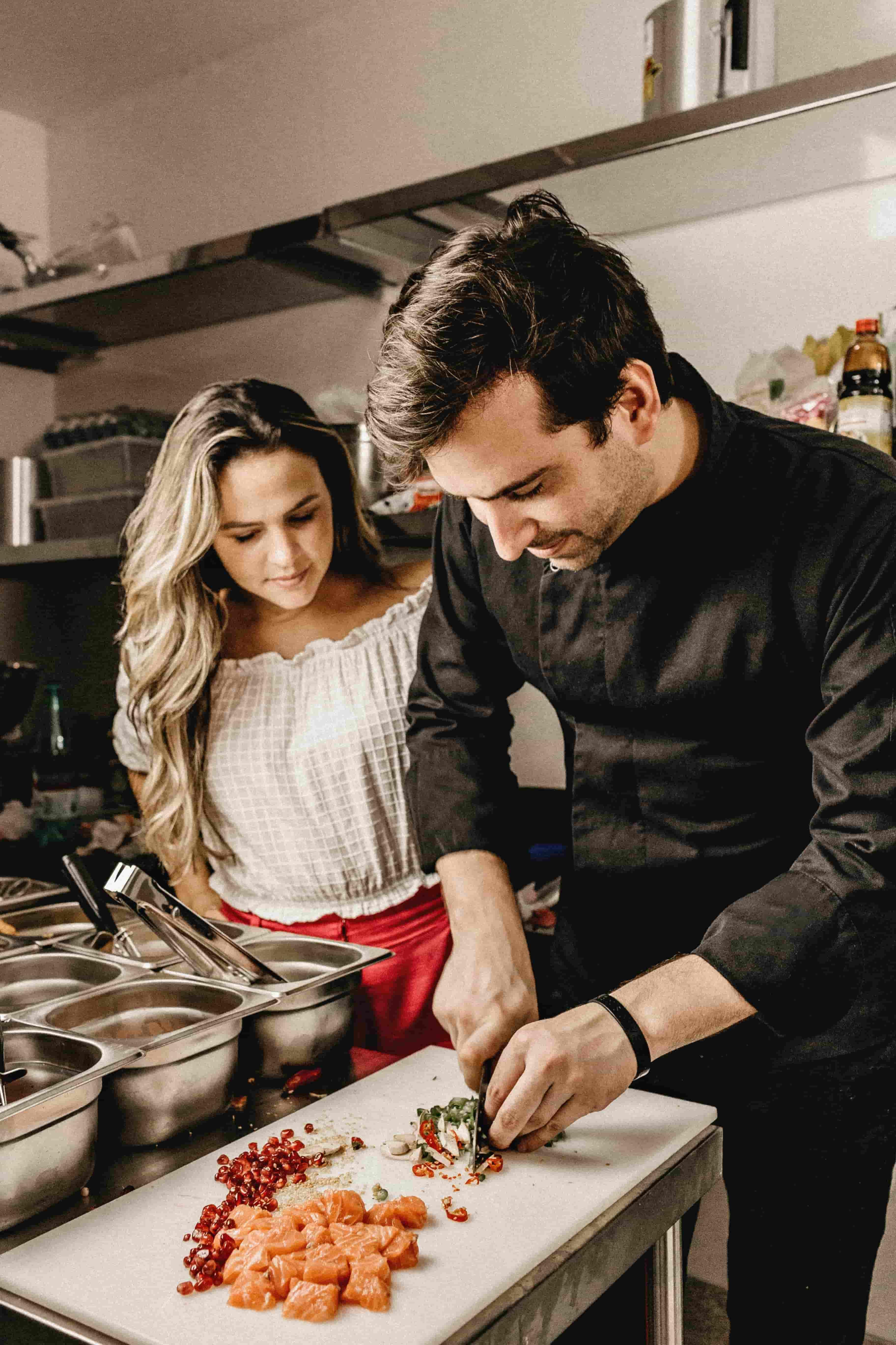 Date Night: Paella a la Valenciana for Couples