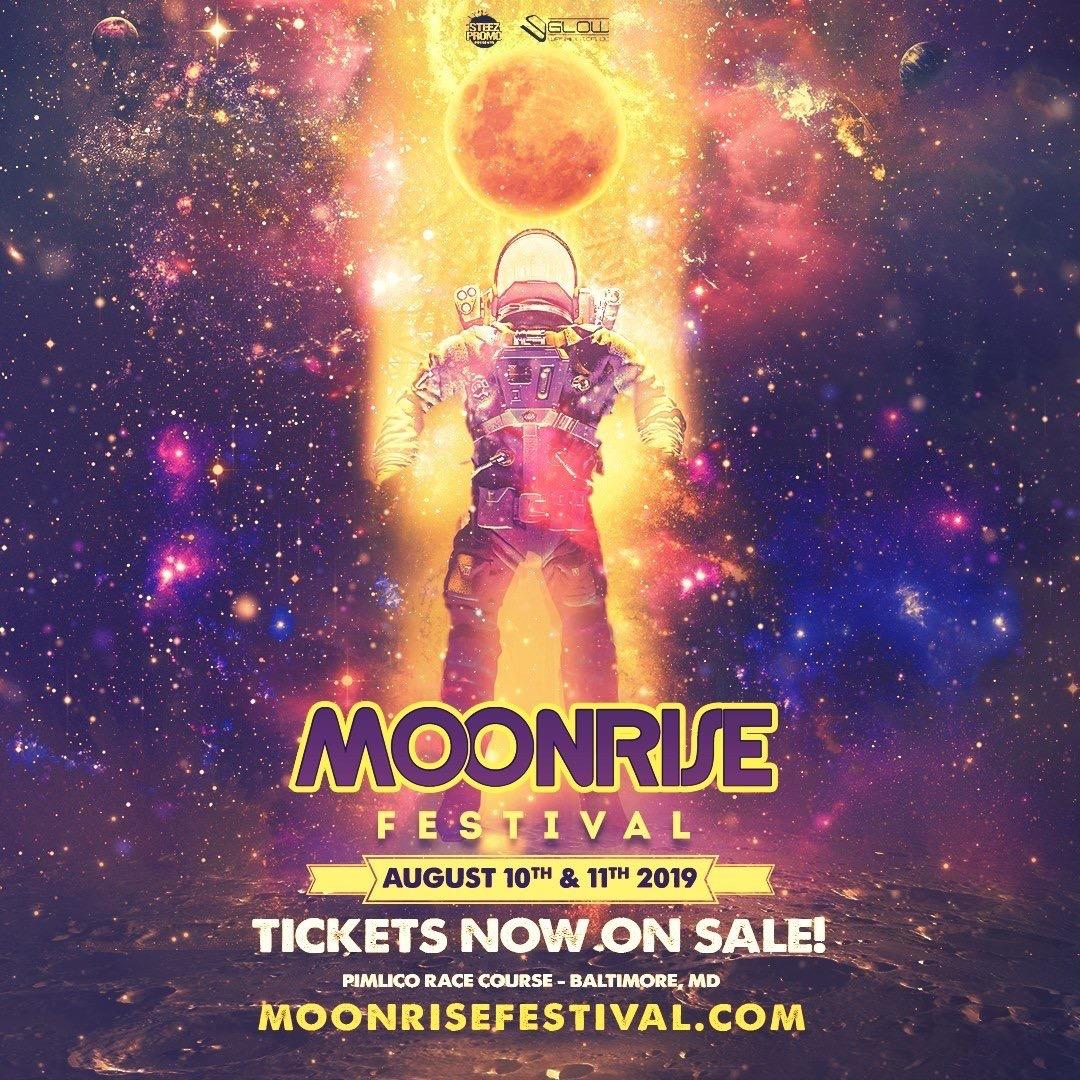 Moonrise - Locker Rental